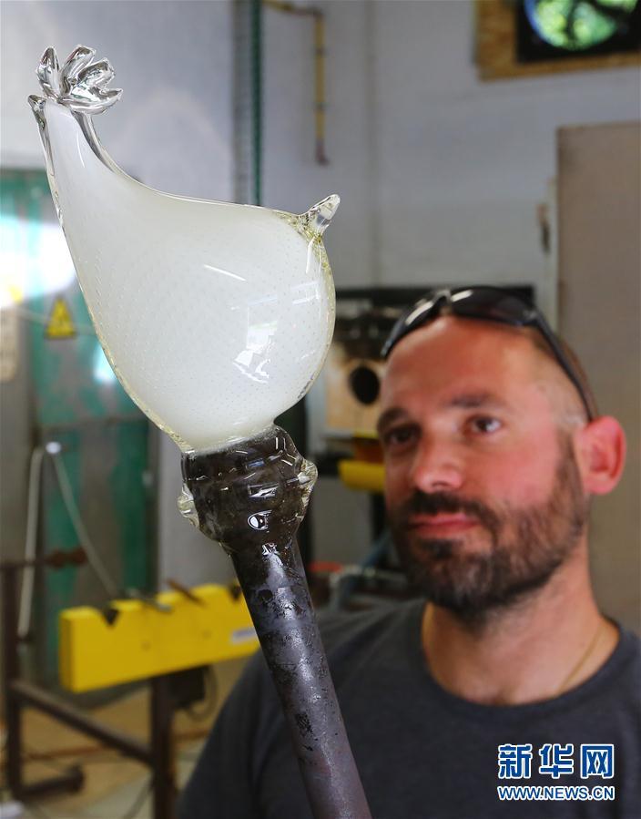 """""""每一件水晶制品都是独一无二的""""——访比利时圣朗博水晶厂博物馆(组图)"""