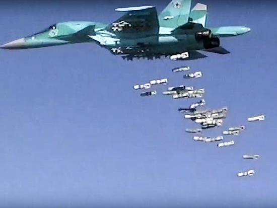 险遭叙利亚军机轰炸 美军高官放狠话