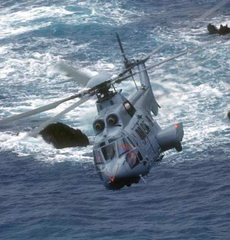 波兰停止直升机采购谈判法总统推迟访问波兰