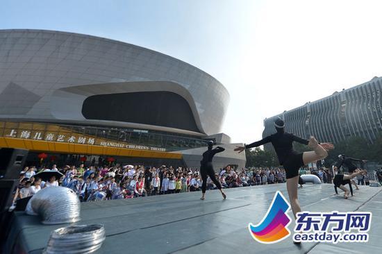 上海国际艺术节首创戏剧嘉年华 艺术教育打破