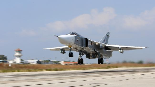 俄土首次在叙利亚联合空袭 摧毁36个IS目标