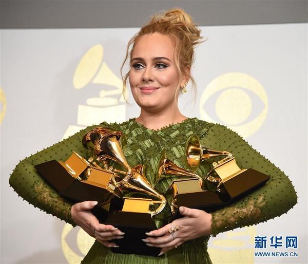 格莱美奖最大赢家 她用什么魔力感动了全世界?