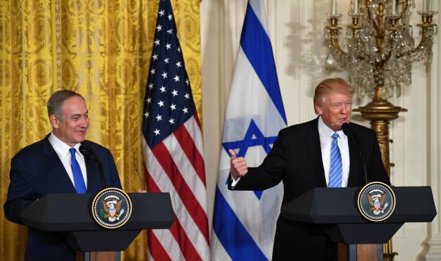 """特朗普:以巴和平,""""一国""""""""两国""""我都能接受"""