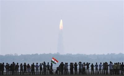 """印度发射""""1箭104星"""" 创世界纪录"""