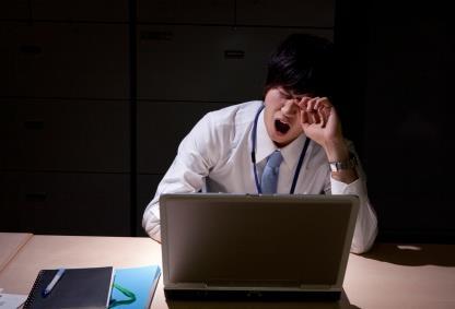 日本拟设加班上限:工人每月加班时间不超过60小时