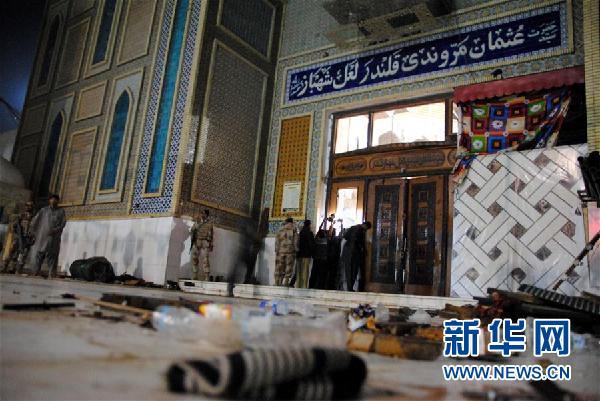 (国际)(1)巴基斯坦南部自杀式爆炸致72人死亡