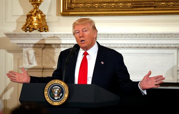 """盘点美国总统与媒体的""""爱恨情仇"""""""