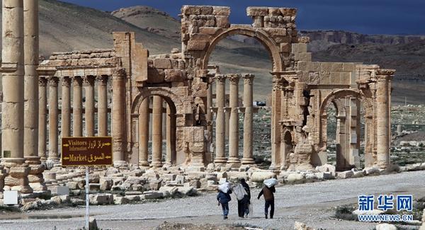 """叙利亚巴尔米拉:战火涂炭的文明""""死城"""""""