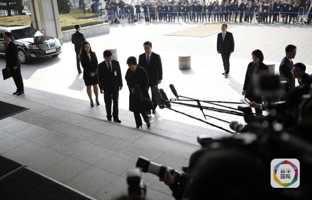 朴槿惠接受调查 午餐紫菜包饭、三明治和寿司