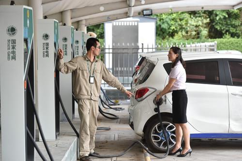 美媒:中国有条不紊打造全球最大电动车市场 外企竞相追随
