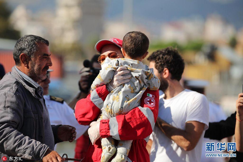 逾600名难民地中海获救 包括241名儿童和11名孕妇