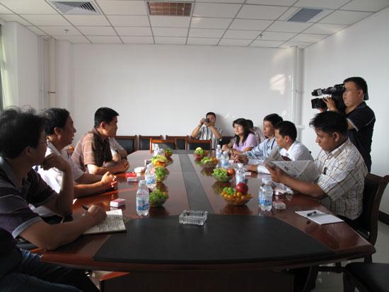 与赤峰日报社同行座谈-缅甸新闻代表团结束访华回国