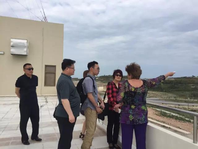 古巴马里埃尔特区工作人员介绍马里埃尔发展前景-海外传媒观察 带你
