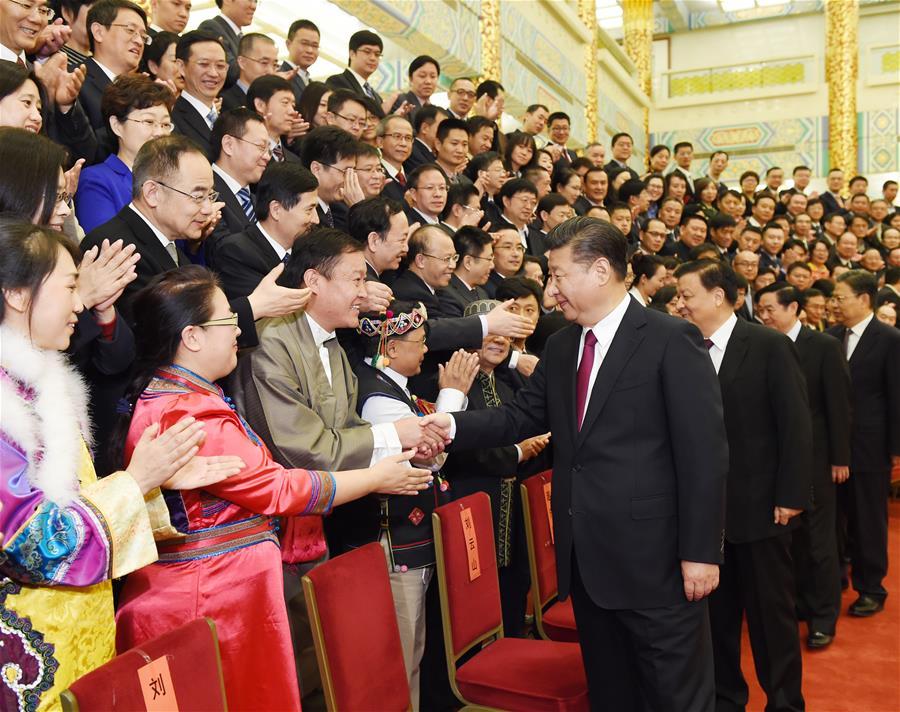 (时政)习近平等会见记协第九届理事会和中国新闻奖、长江韬奋奖获奖者代表