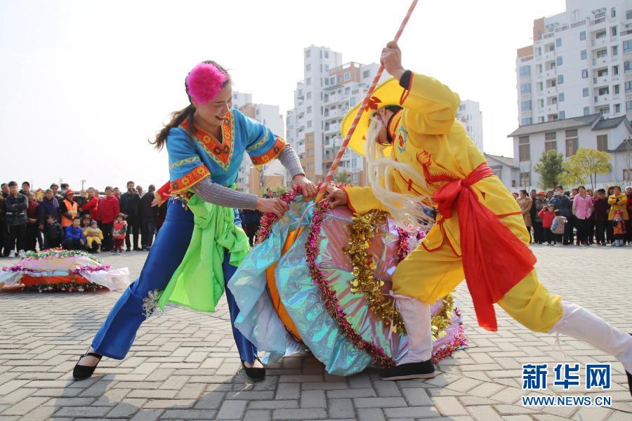 元宵节将至 多彩民俗迎佳节