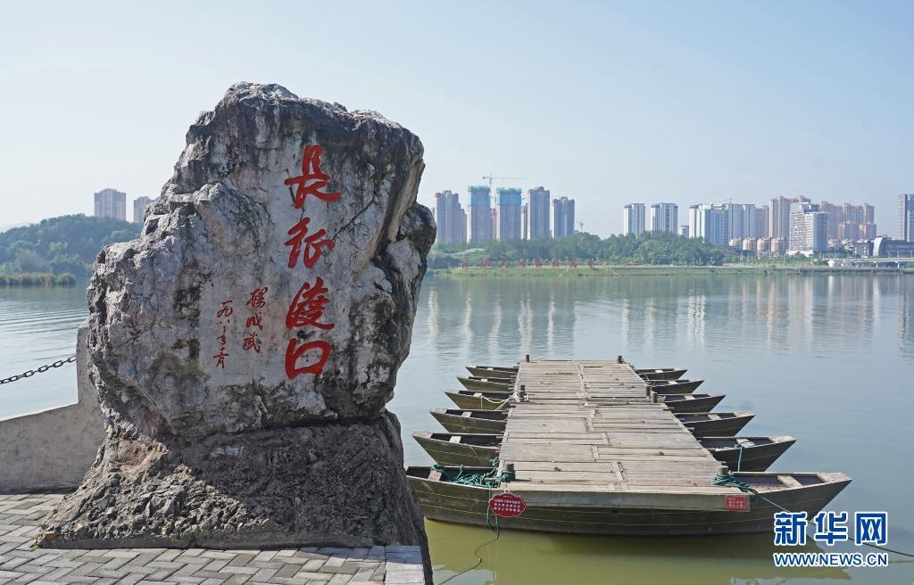 百年恰是风华正茂——致敬中国共产党成立100周年