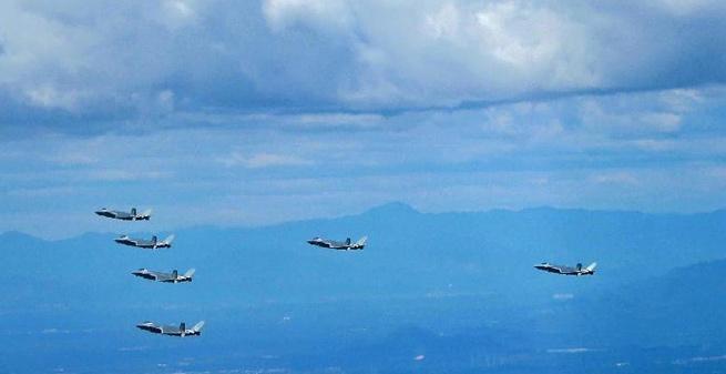 空軍發布勵志宣傳片首次展現殲-20戰機7機同框