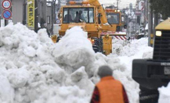 日本多地積雪破紀錄