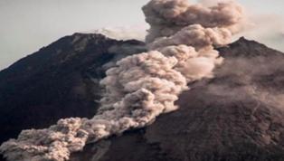 印尼默拉皮火山劇烈噴發