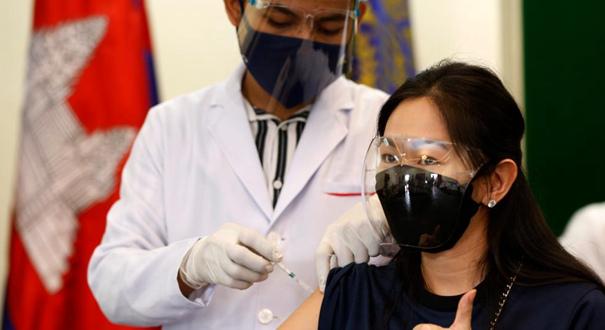 柬埔寨接種中國科興新冠疫苗