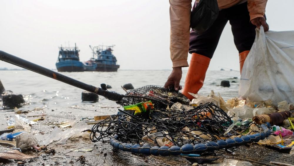 世界海洋日--印尼清理海岸