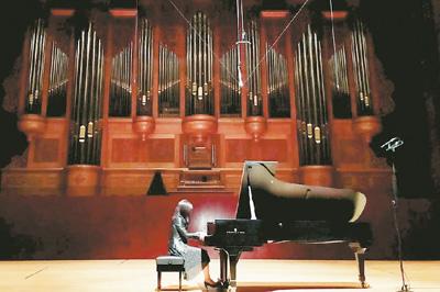 大陸鋼琴家臺北演繹古典音樂之美
