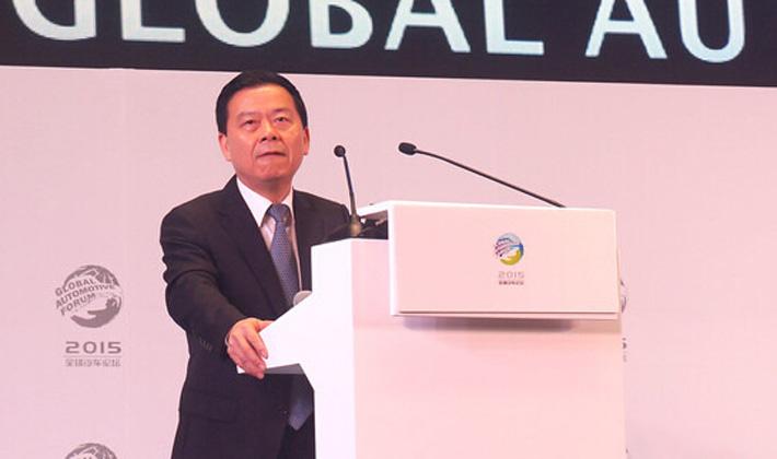 曾慶洪:現在還不是放開合資股比的時候