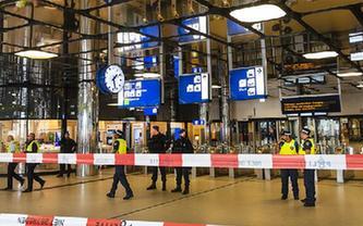 一男子在荷蘭持刀刺人致2人受傷