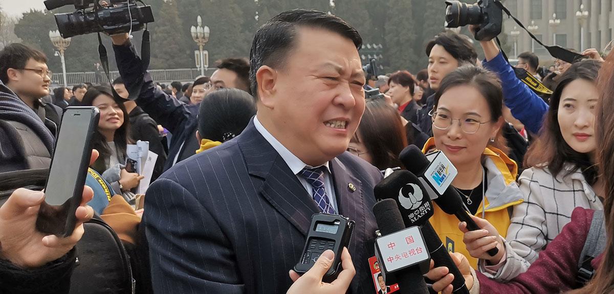 北汽董事長徐和誼建議加快新能源物流汽車推廣應用