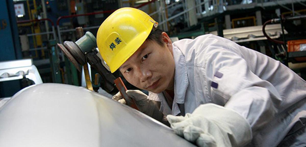 全國人大代表、神龍汽車公司職工楊祉剛:立足本職,為産業發展盡一份力