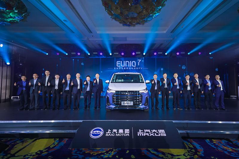 與各界夥伴共同努力,堅決把民族汽車品牌搞上去