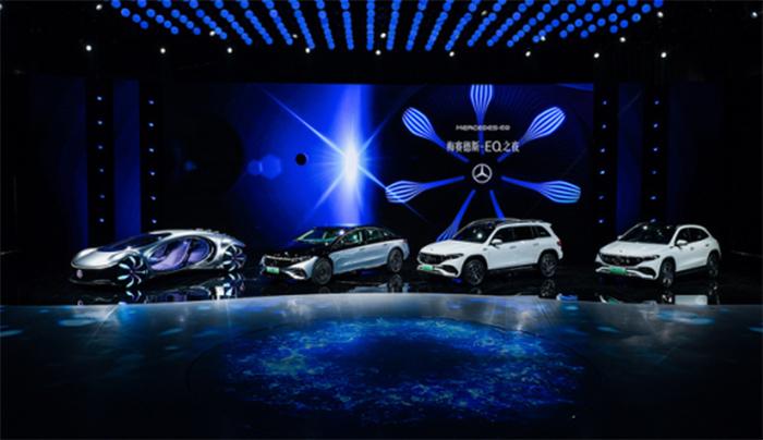 梅賽德斯-EQ家族三車亮相 以實力演繹豪華