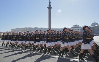 聖彼得堡舉行勝利日閱兵彩排