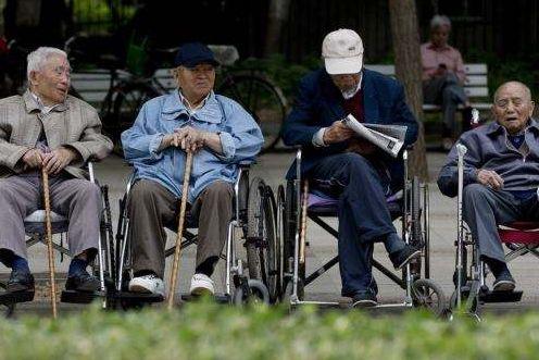 """""""網約護士""""試點是應對老齡化之舉"""