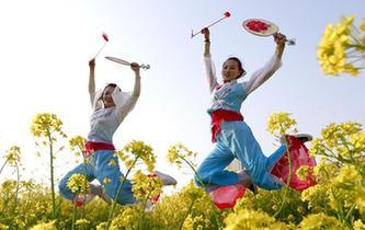 洪澤湖畔漁鼓舞 古韻悠悠抒情懷
