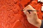 北京雕漆:漆与刀共舞