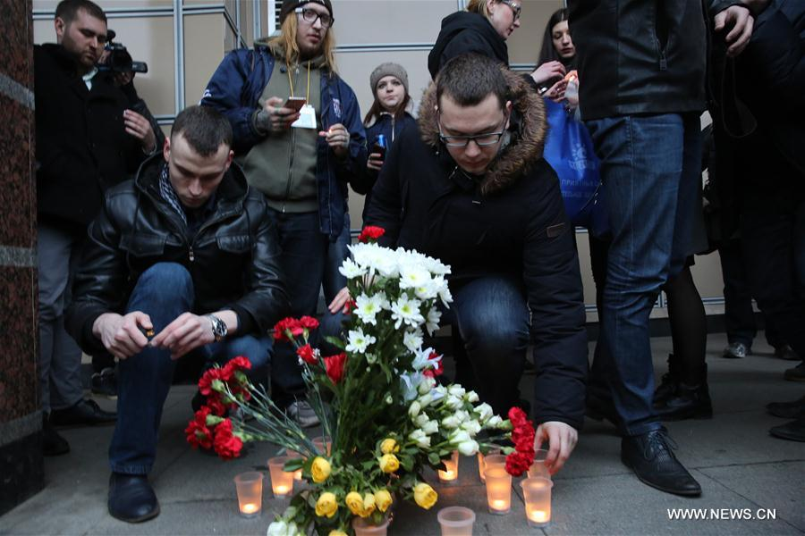 RUSSIA-ST. PETERSBURG-SUBWAY-EXPLOSION-MOURNING