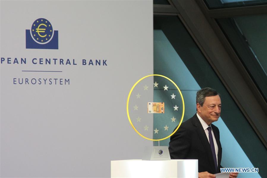 GERMANY-FRANKFURT-NEW 50 EURO-BANKNOTE-CIRCULATING