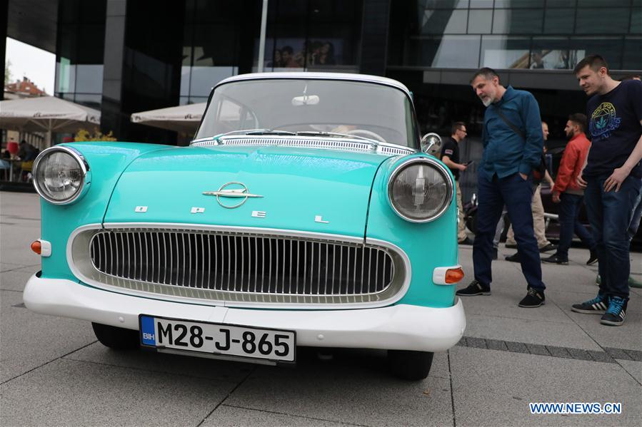 Vintage cars exhibited at 15th Int\'l Old-timers Show in Sarajevo ...