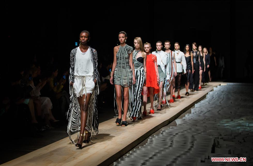 Nice Highlights Of Mercedes Benz Fashion Week In Australia