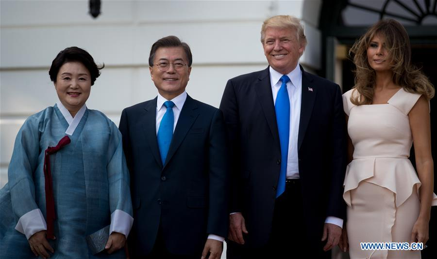 Trump Welcomes S Korean President Moon Jae In At White House