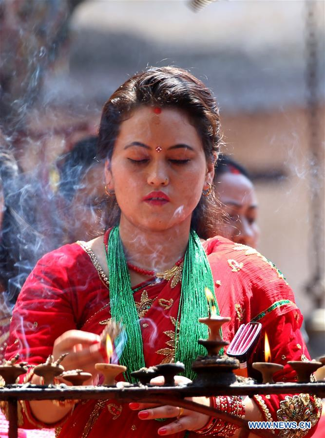 hindu single women in lloyd India is one of the few countries where women enjoy a comparatively better status than many women in other parts of the world true, indian women still face many problems and are subject to the same social pressures which women experience in other parts of the world.