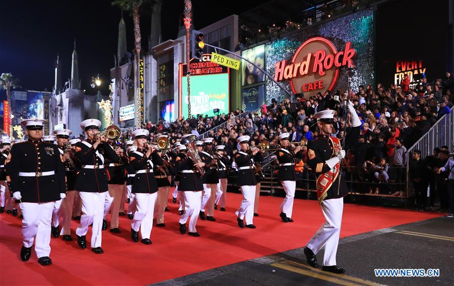 us los angeles hollywood christmas parade