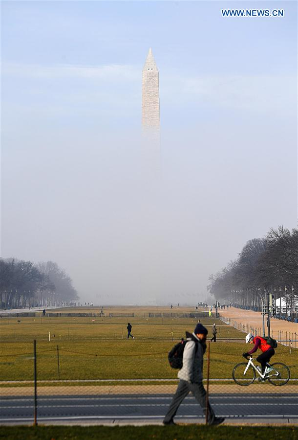 U.S.-WASHINGTON D.C.-FOG