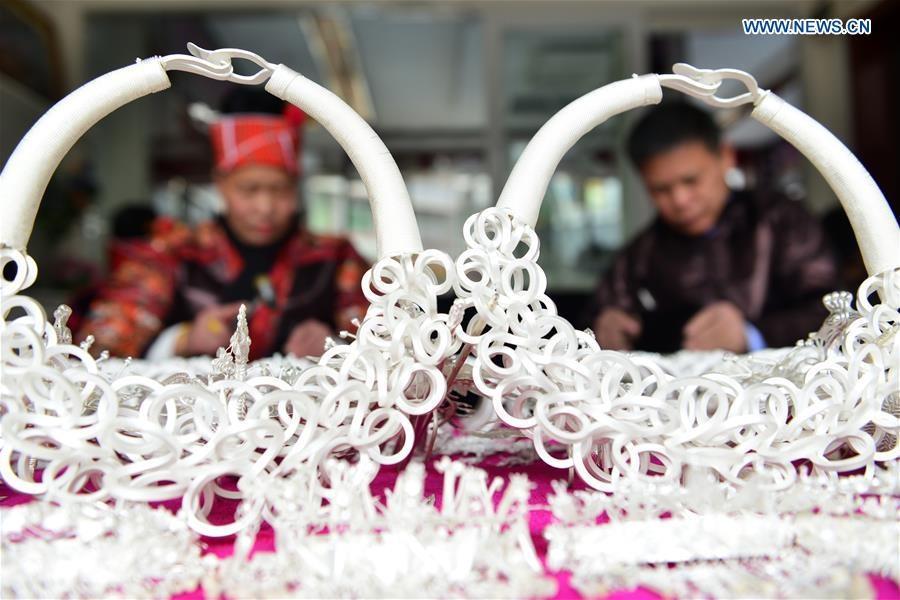 #CHINA-GUIZHOU-MIAO PEOPLE-SILVER JEWELRY (CN)