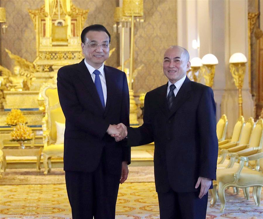 CAMBODIA-PHNOM PENH-KING-CHINA-LI KEQIANG-MEETING