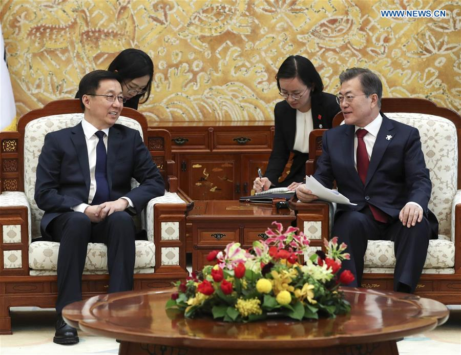 SOUTH KOREA-MOON JAE-IN-CHINA-HAN ZHENG-MEETING