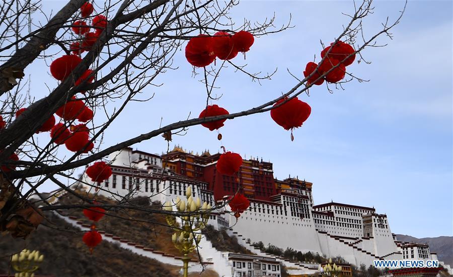 CHINA-LHASA-SPRING FESTIVAL-DECORATION (CN)