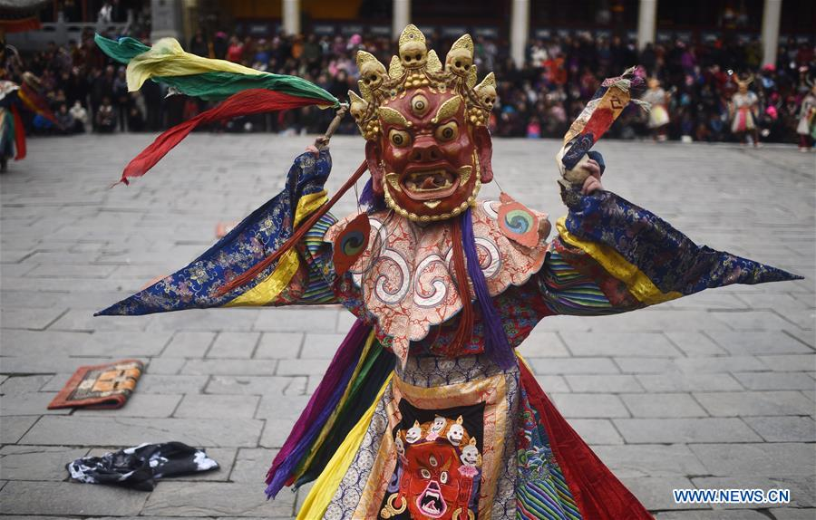 CHINA-QINGHAI-KUMBUM MONASTERY-RELIGIOUS RITUAL (CN)