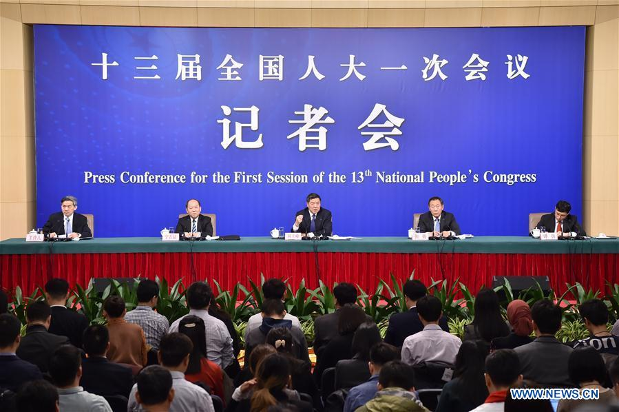 (TWO SESSIONS)CHINA-BEIJING-NPC-PRESS CONFERENCE-ECONOMY (CN)